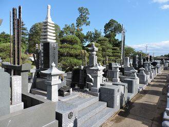 松吟寺夕日の墓地画像